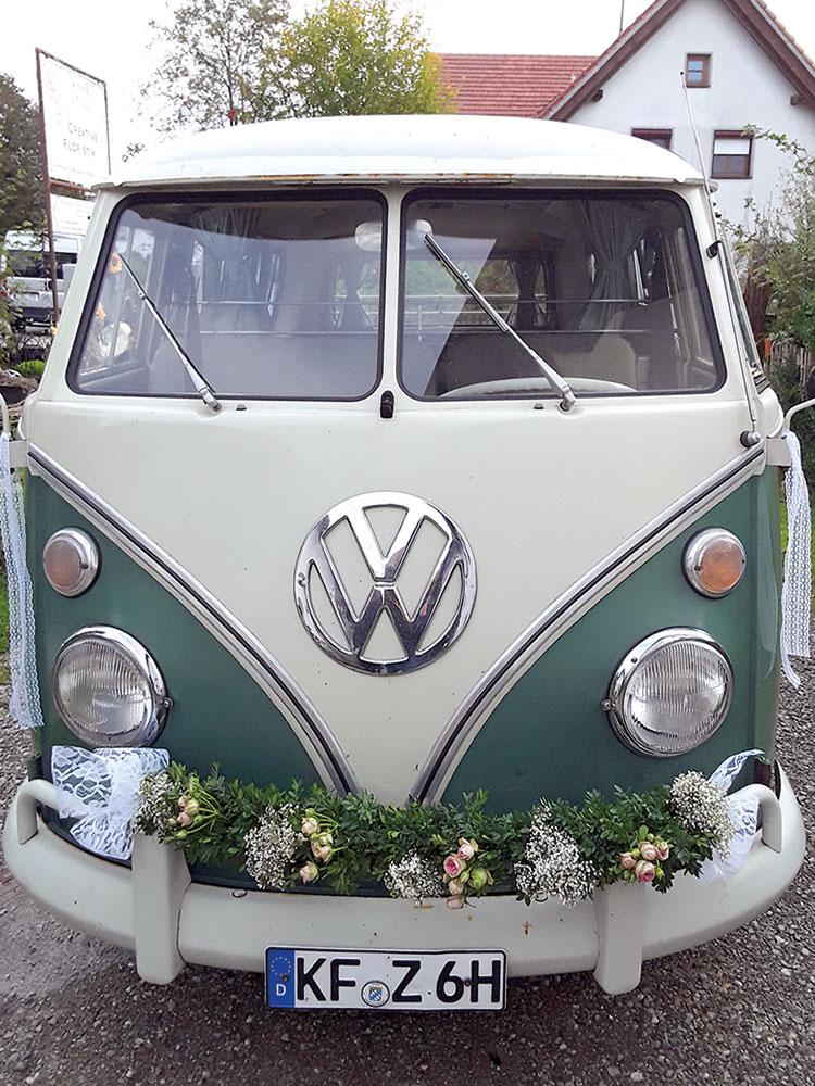 Autodekoration Hochzeit 03