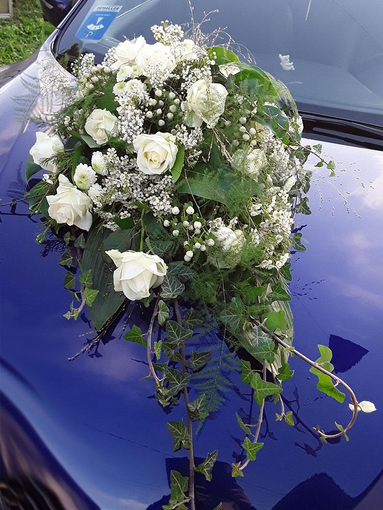 Autodekoration Hochzeit 07
