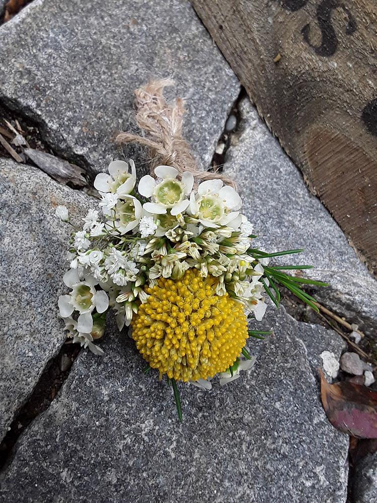 Blumenanstecker 1