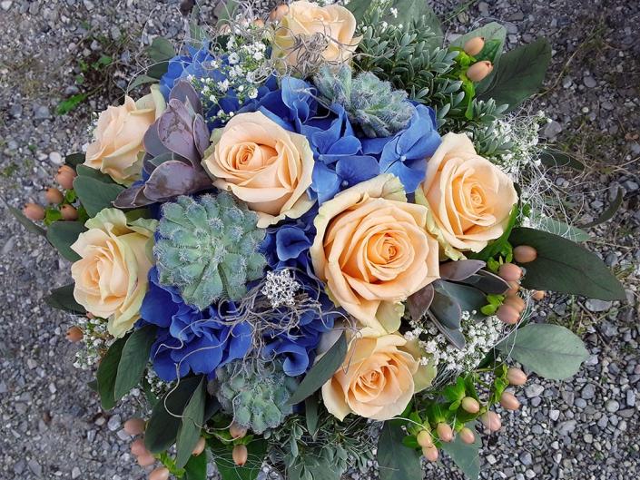 Blumenstrauß 8