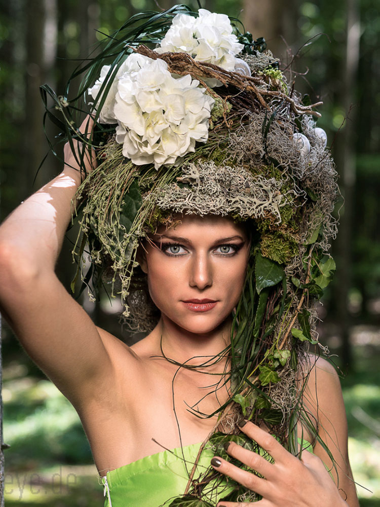 Floraler Kopfschmuck